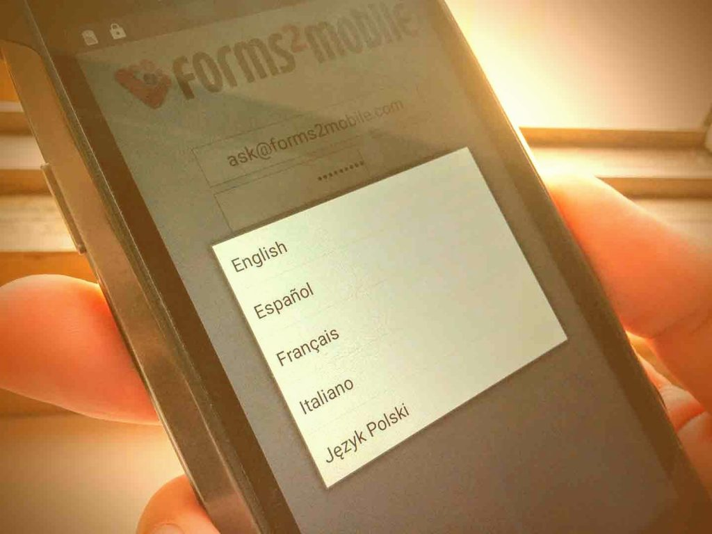 forms2mobile app is now available in multiple languages
